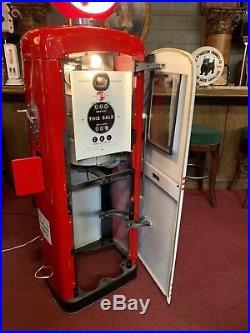 1950's Texaco FIRE-CHIEF Wayne Model 80 Gas Pump Watch Video