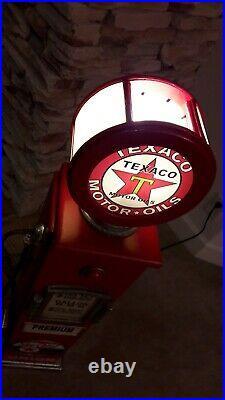 42 Texaco Sky Chief Gas Pump Cabinet with light. Man Cave/Gameroom Decor