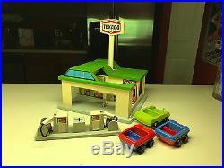 Old Vtg Texaco Playskool PlaySet Gas Service Station Car Wash Gas Pumps Toy