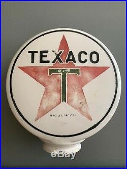 Rare One Piece Etched Chimney Milk glass Texaco Gas Pump Globe Original Paint