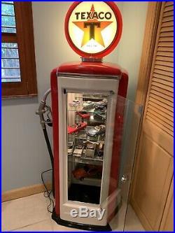 Texaco Lighted Gas Pump Display cCase
