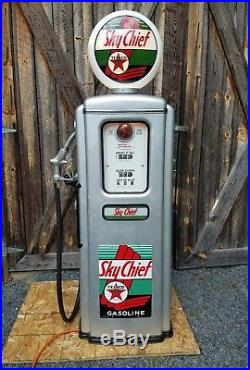 Tokheim 39 Gas Pump Restored in Texaco Sky Chief Gasoline