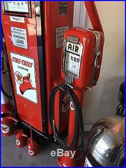 Wayne 866 Gas Pump Completely Restored Texaco Light Pole