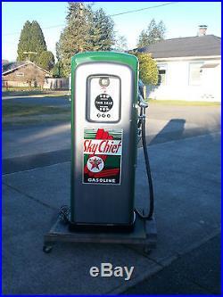 Wayne Martin Schwartz m&s 80 GAS PUMP, Texaco Skychief